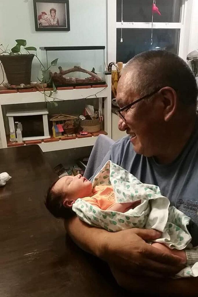 scʕasxəń Shale Clayton Edward with his Grandfather ktapəniwt Rob Edward.